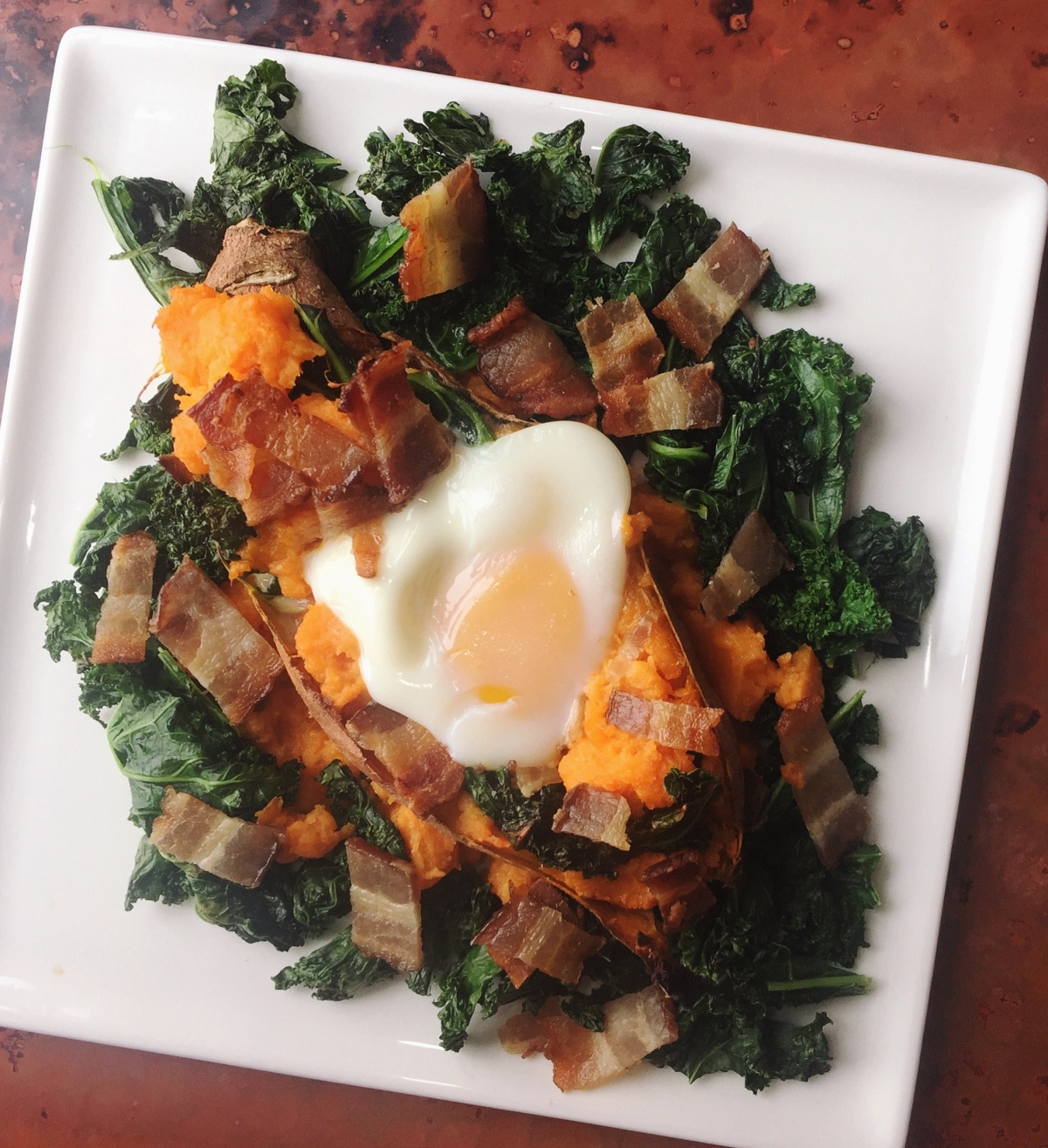 Sweet Potato Boats with Kale, Bacon, and Egg